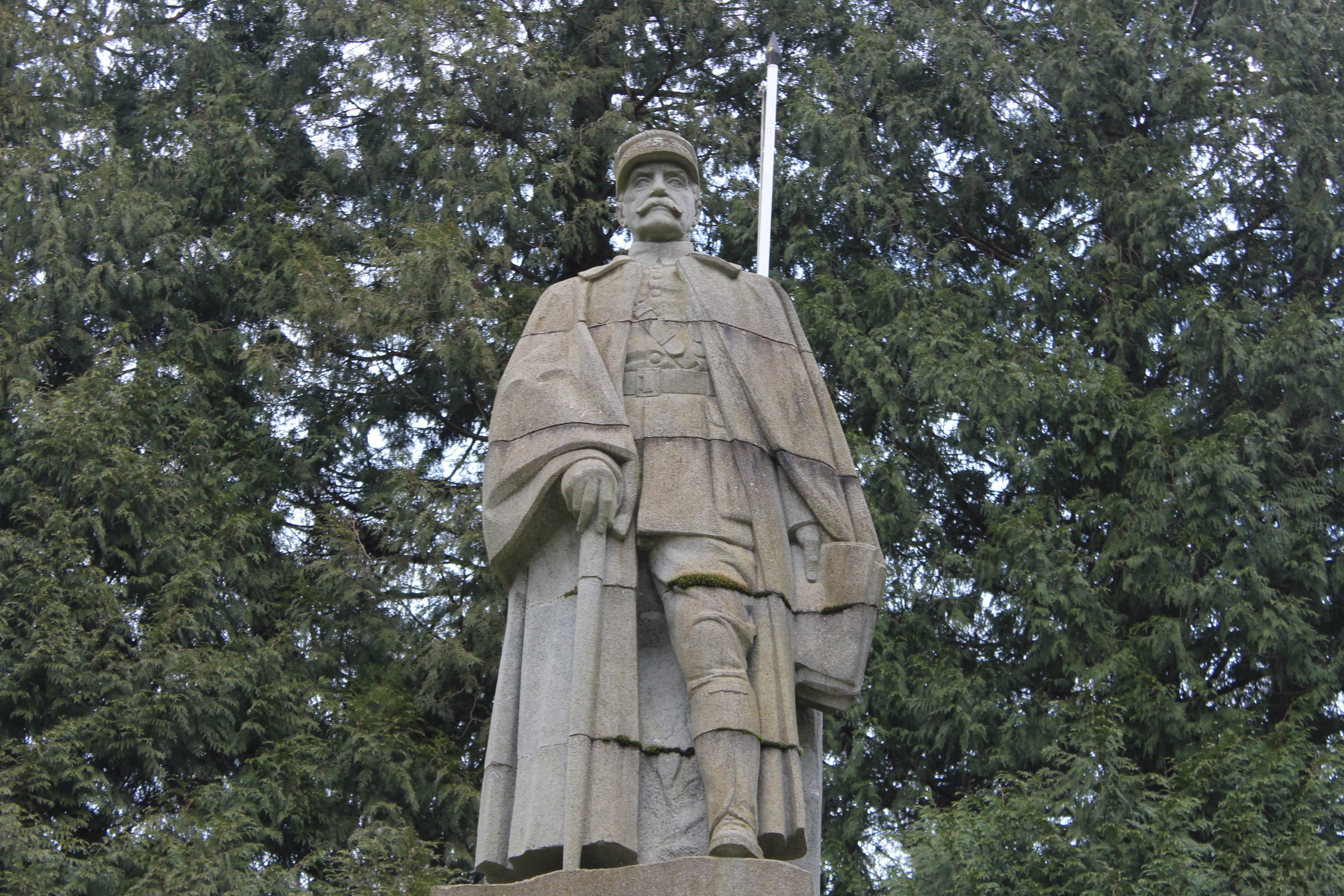 statue-maréchal-foch
