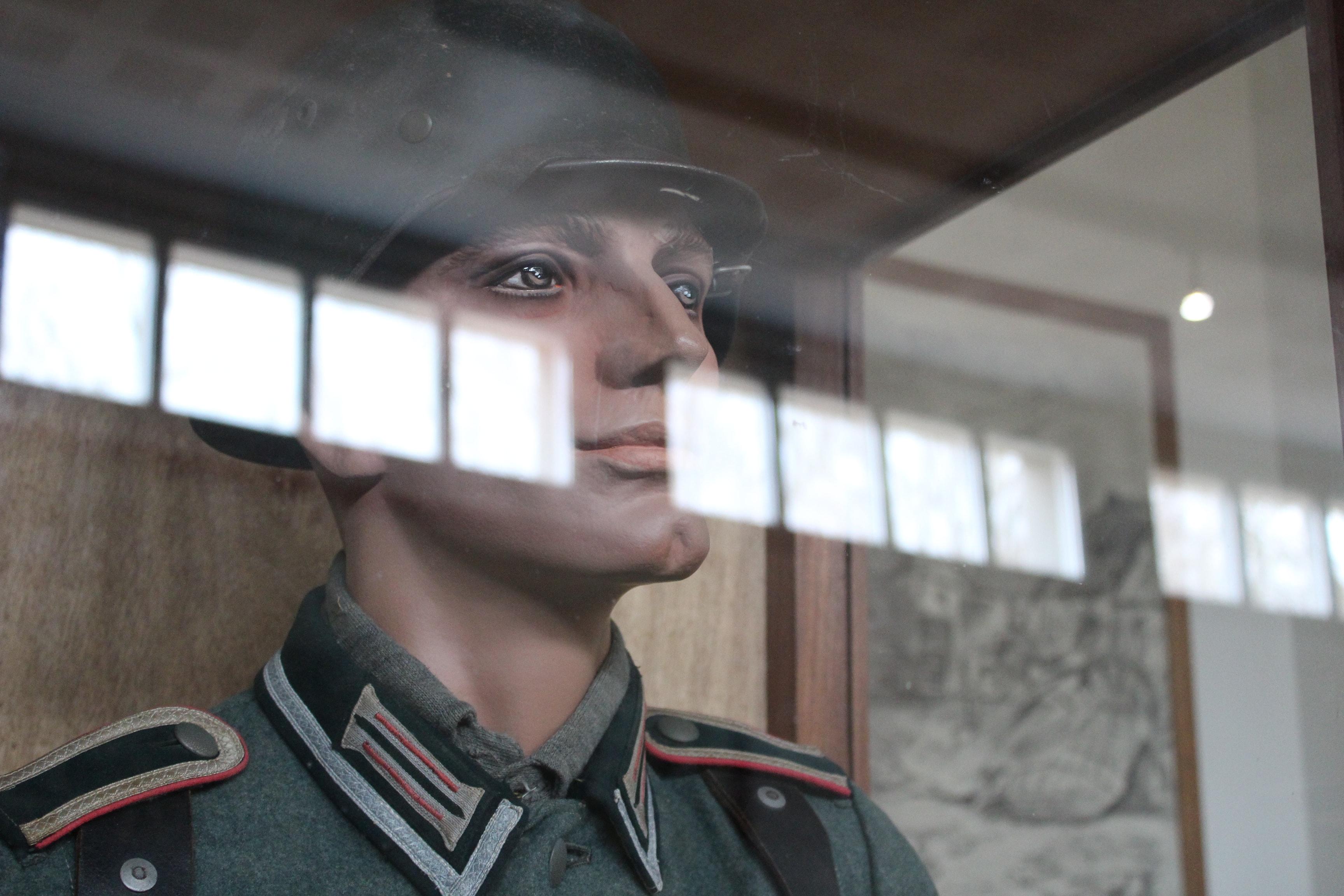 mannequin-alliée-salle-1940