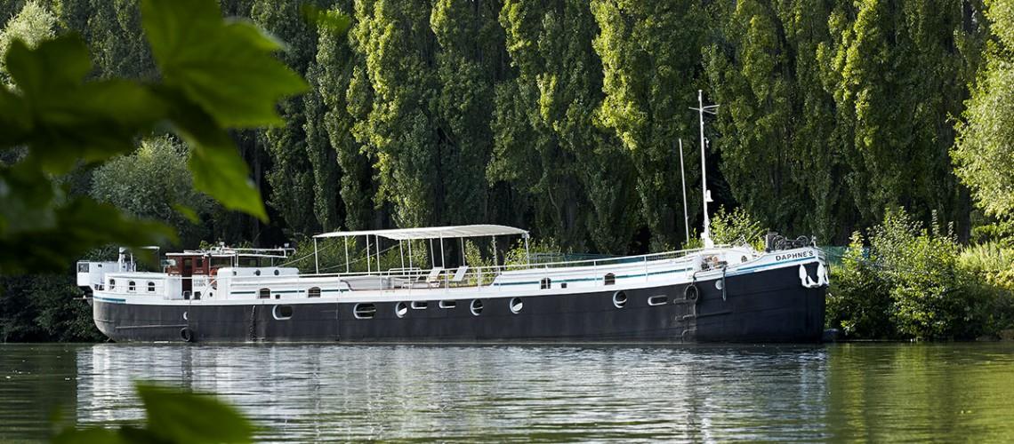 le-bateau-daphné's